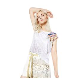 Desigual 72T2EQ6 1024 women's t-shirt with white floral print