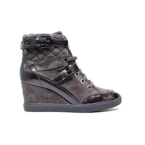 Geox sneakers for women in chamoise leather nut color article D6467C 021HI C6004