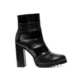 Bacta de Toi ankle boots 5424 tr vitello leather black shiny and smooth, zipper on the inside